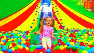 Kids play with Dad - Indoor Playground for Kids and Family