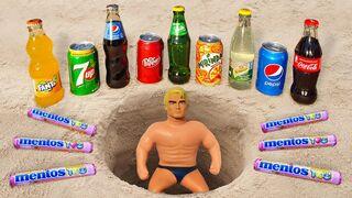 Experiment ! Stretch Armstrong vs Pepsi, Dr Pepper, Coca-Cola, Sprite, Schweppes vs Mentos