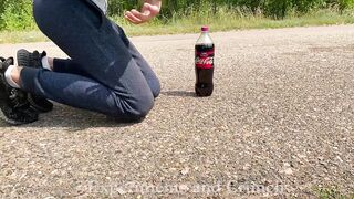 EXPERIMENT Cola and Mentos in Bottle! TURBO ROCKET!