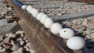 EXPERIMENT: TRAIN VS 12 EGGS CRUSHING