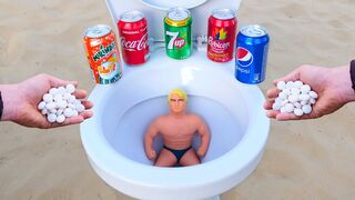 Big Stretch Armstrong VS Cola, Mirinda, 7up, Pepsi, Rubicon and Mentos in the toilet