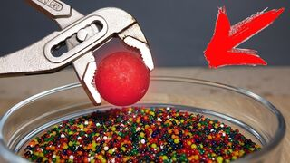 EXPERIMENT: GLOWING 1000 DEGREE METAL BALL VS ORBEEZ