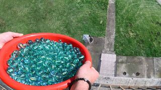 EXPERIMENT 10000 MARBLES DROPPED AT ONCE