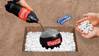 Experiment: Coca Cola Vs Mentos!