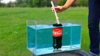 Experiment: Coca Cola Fountain Under Water