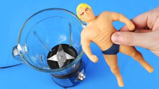 Experiment: Blender Vs Stretch Armstrong