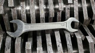 Can the crusher crush the wrench?