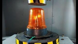 ГИДРАВЛИЧЕСКИЙ ПРЕСС vs МИГАЛКИ | Давить предметы - Hydraulic Press 100 ton