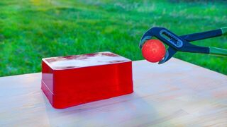 EXPERIMENT: Glowing 1000 degree METAL BALL vs JELLY
